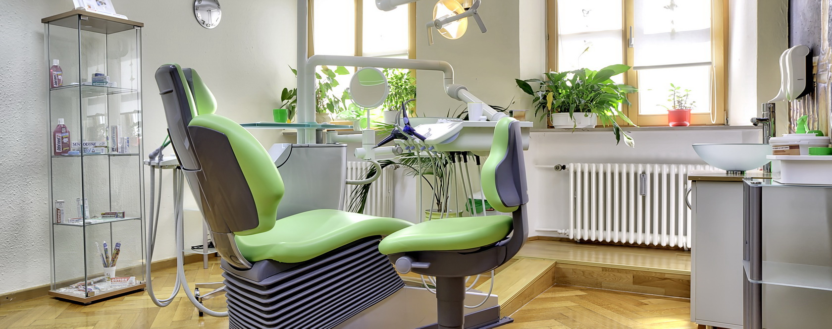 Zahnärztin Dr. Sabine Rulc - Behandlung